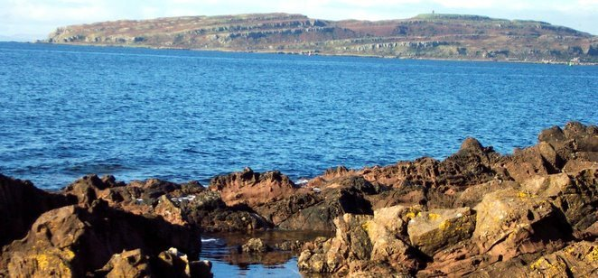 Little Cumbrae from Portencross: Carboniferous basalts